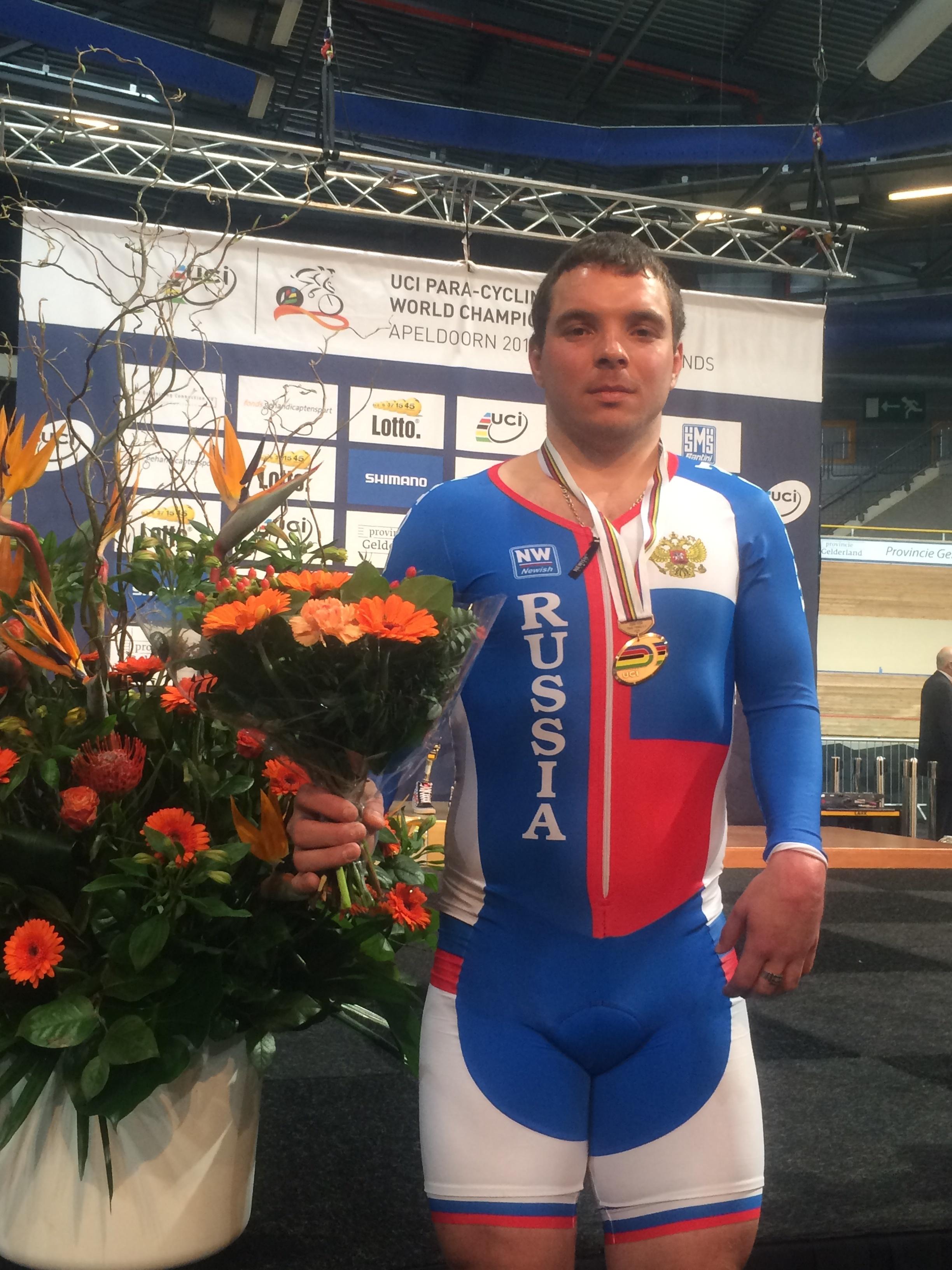 Сборная команда России завоевала бронзовую медаль в первый день чемпионата мира по велоспорту-трек среди лиц с ПОДА