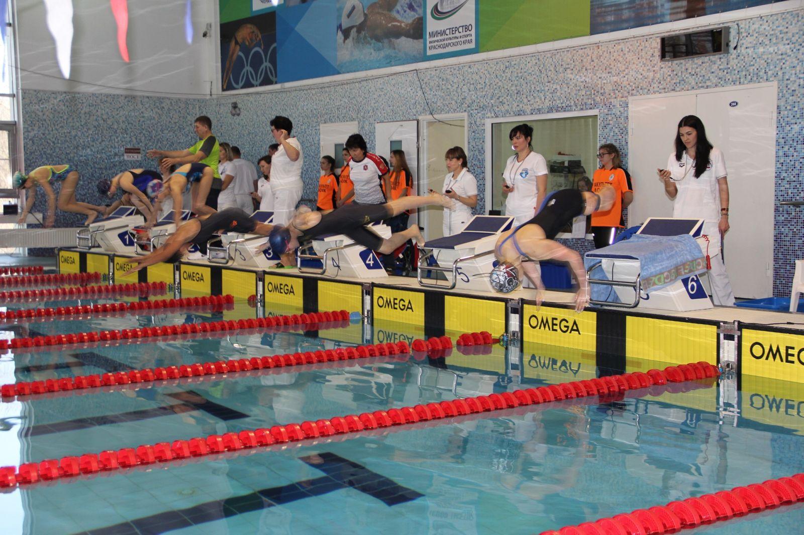 В Краснодаре стартовал чемпионат России по плаванию на короткой воде спорта лиц с ПОДА