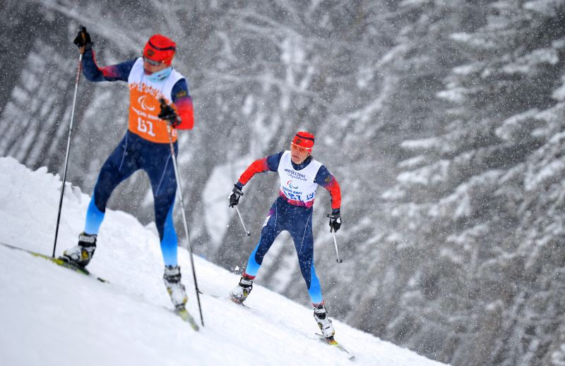 Около 50 спортсменов поведут борьбу за медали Кубка России по лыжным гонкам и биатлону среди спортсменов с нарушением зрения