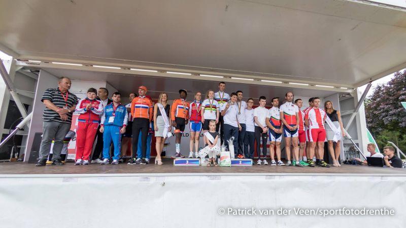 Спортсмены сборной России завоевали одну золотую и две бронзовые медали на чемпионате мира по велоспорту ЛИН