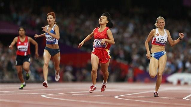 12 медалей завоевали российские паралимпийцы на 8-й день Игр в Лондоне - три золотые, шесть серебряных и три бронзовые.