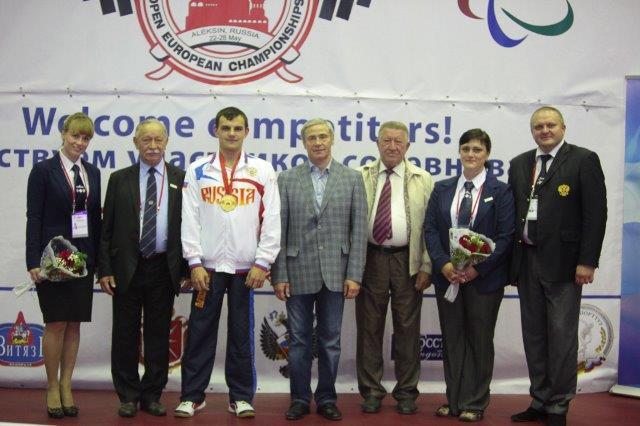 Во второй соревновательный день Открытого чемпионата и первенства Европы по пауэрлифтингу среди спортсменов с поражением опорно-двигательного аппарата  российские спортсмены (юниоры, юниорки) завоевали 2 золотые и 1 серебряную медали, и спортсмены (мужчин