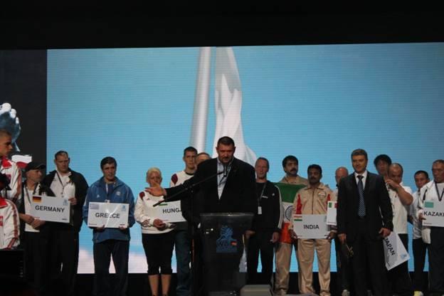 Российские спортсмены в первый день чемпионата и первенства мира по армспорту среди лиц с поражением опорно-двигательного аппарата завоевали 12 медалей: 5 золотых, 5 серебряных и 2 бронзовых