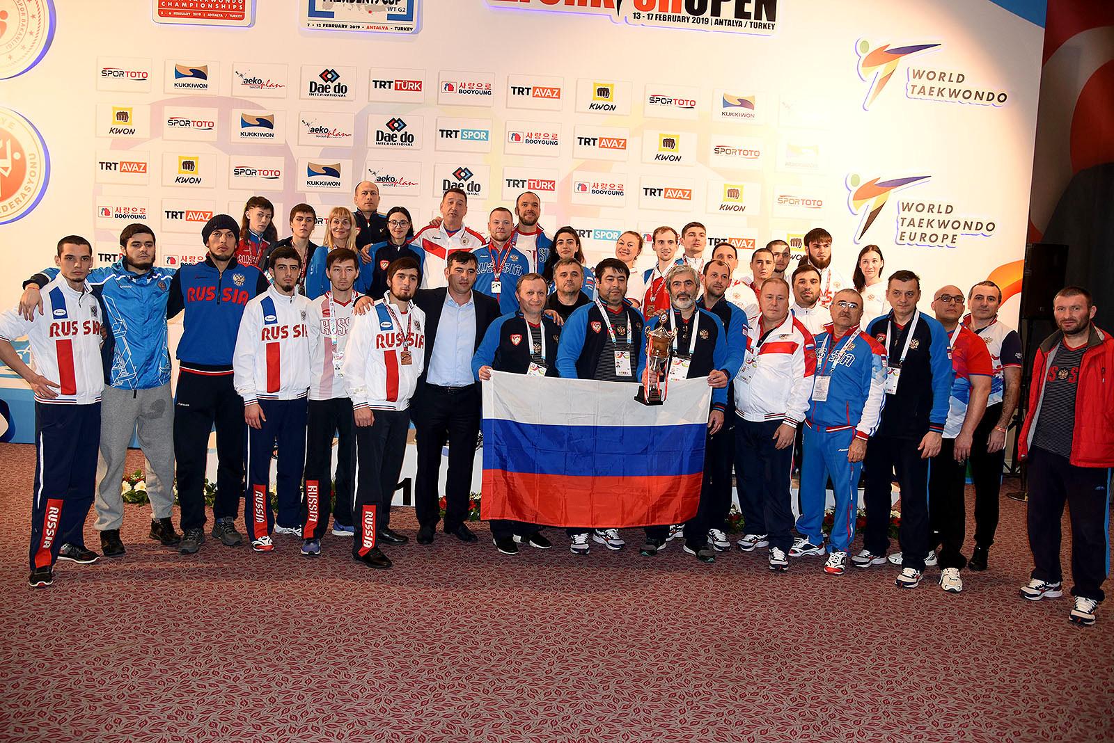 Российские спортсмены завоевали 4 золотые, 5 серебряных и 5 бронзовых медалей на чемпионате мира по паратхэквондо в Турции