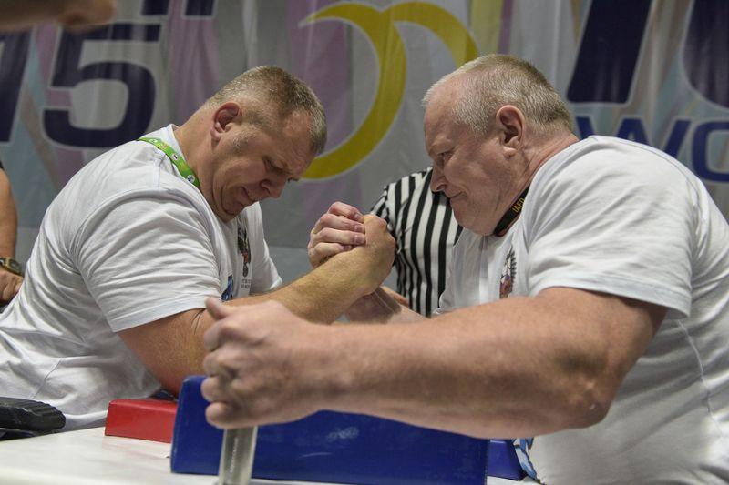 Спортсмены сборной команды России по армспорту на чемпионате мира в Польше намерены вновь доказать мировое лидерство