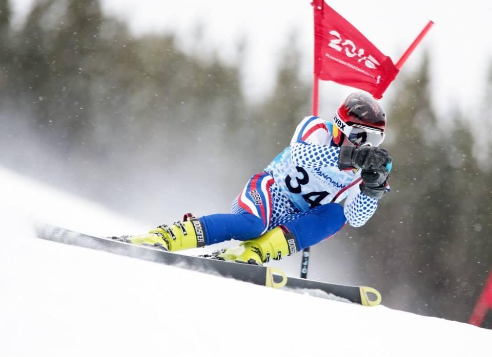 Российские спортсмены завоевали золотую и две бронзовые медали в первый соревновательный день этапа Кубка мира по горнолыжному спорту среди лиц с поражением опорно-двигательного аппарата и нарушением зрения, который стартовал в  г. Санкт-Мориц (Швейцария)