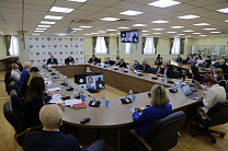 VLADIMIR LUKIN HELD A MEETING OF THE RUSSIAN PARALYMPIC COMMITTEE EXECUTIVE BOARD IN THE OFFICE OF THE RUSSIAN PARALYMPIC COMMITTEE.