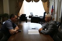 P.A. ROZHKOV CONDUCTED A MEETING AT THE RPC OFFICES WITH THE DIRECTOR OF THE PHYSICAL CULTURE AND SPORTS DEPARTMENT OF THE YAMAL-NENETS AUTONOMOUS DISTRICT A.V. MASANOV.